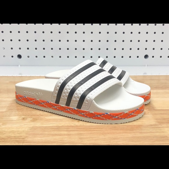 huge selection of 0012a 3042d New Womens Adidas ADILETTE BOLD White Slides 8
